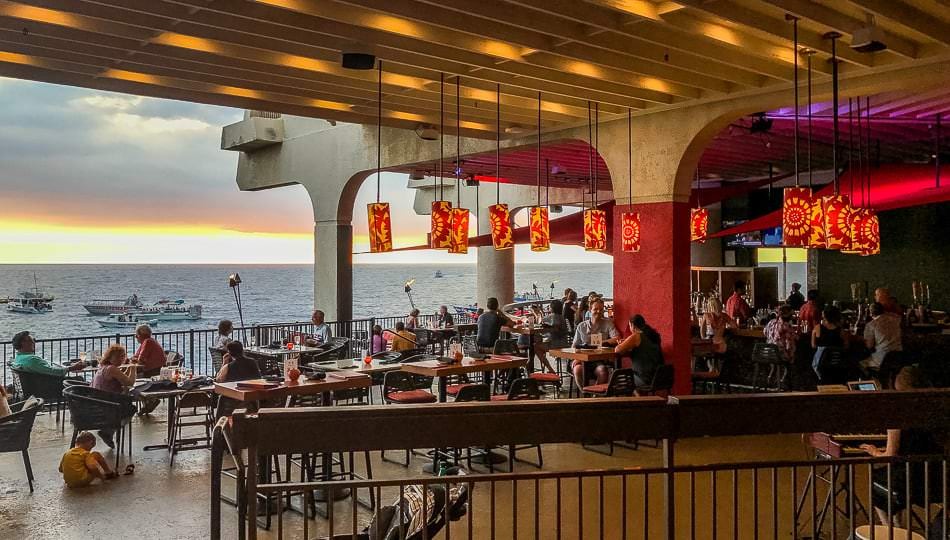Rays on the Bay Restaurant at the Sheraton Kona Resort