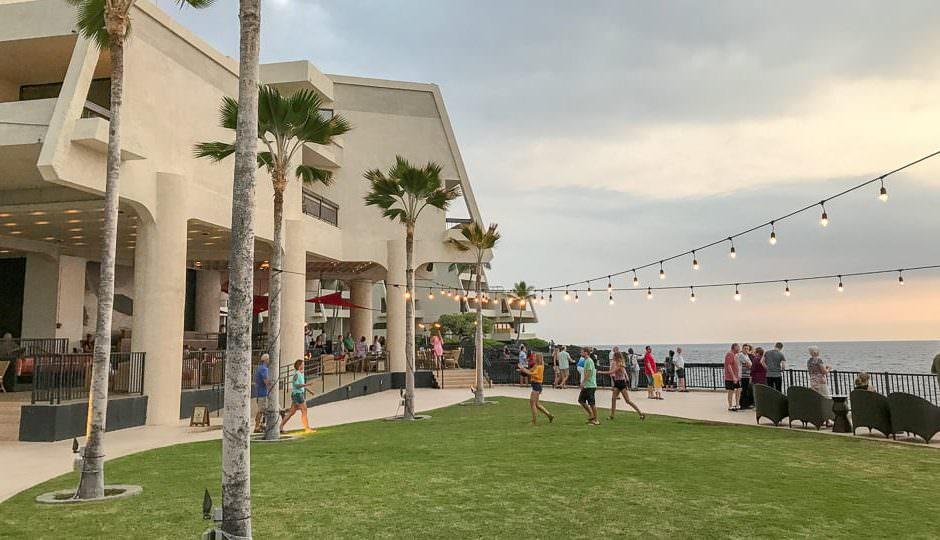 Manta Ray overlook at Rays on the Bay Restaurant