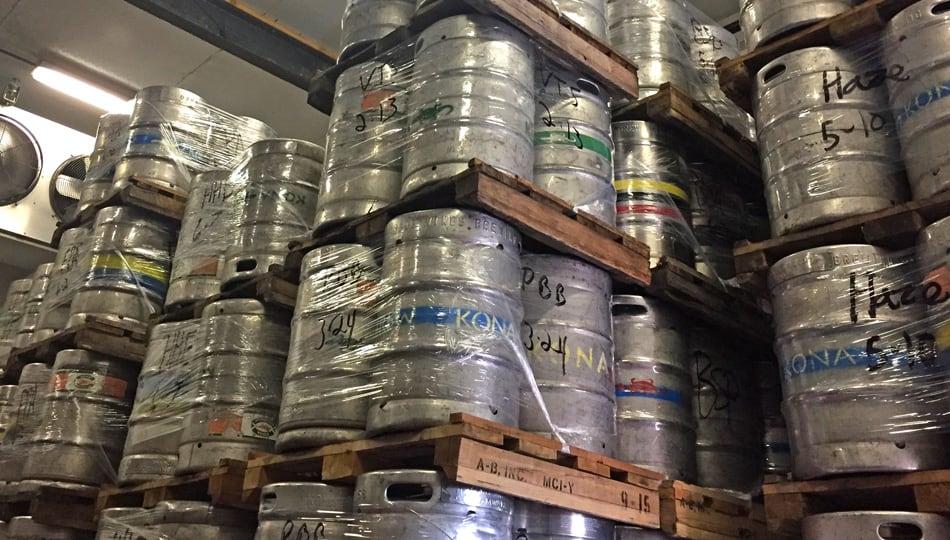 kona brewing company tour kegs