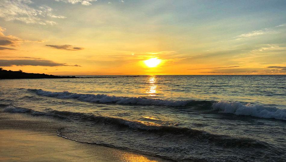 Sunset on Kaunaoa Beach also known as Mauna Kea Beach