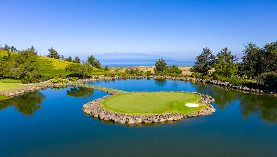 Famous 17th Hole Island Green at Makani Golf Club