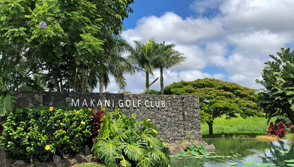Makani Golf Club Sign