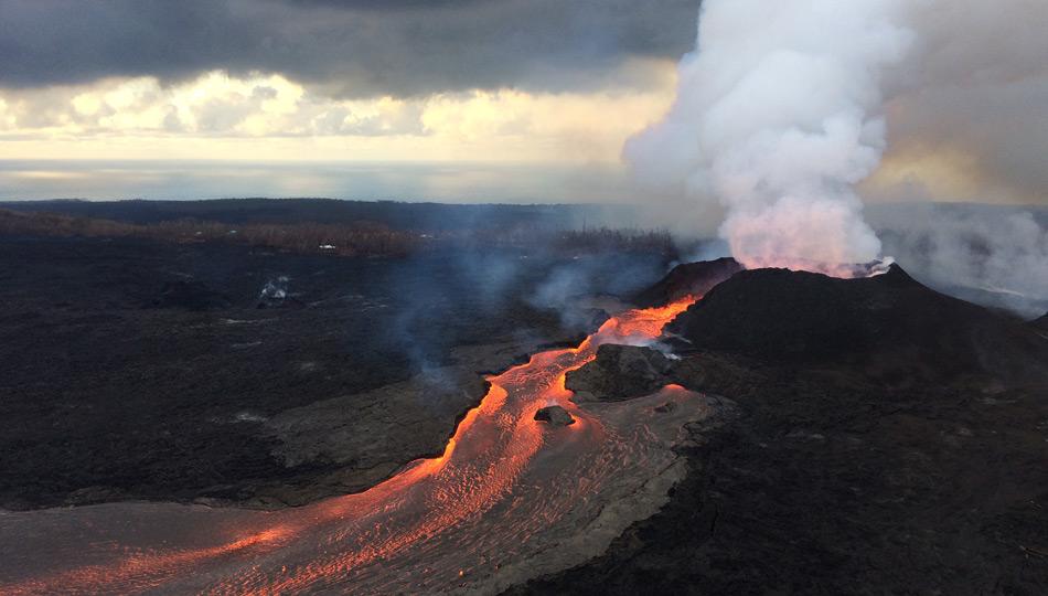 2018 Kilauea Hawaii Volcano Eruption - USGS Photo of Fissure 8