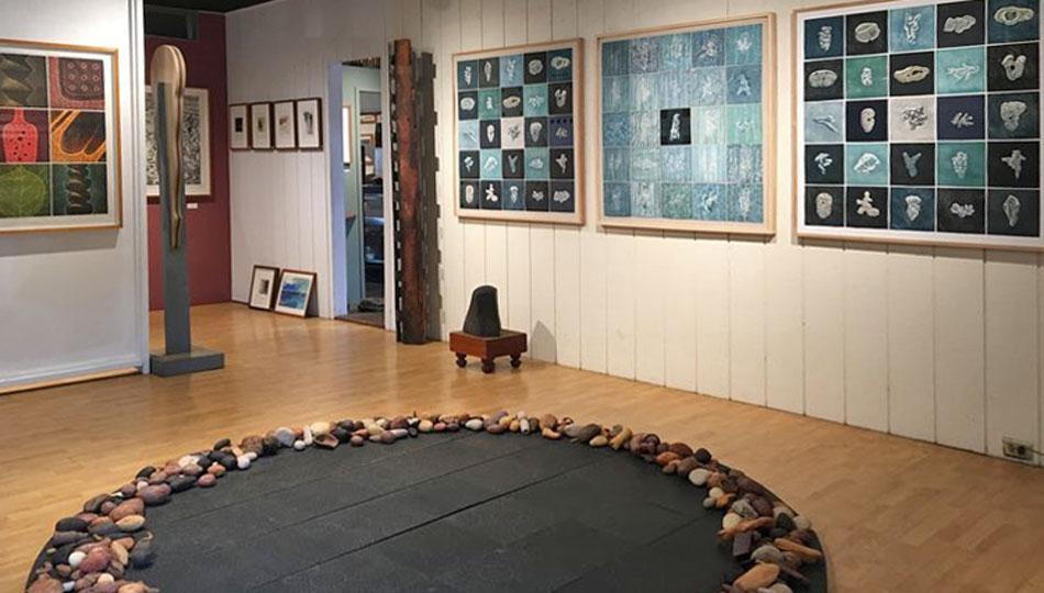 Studio 7 Fine Arts Gallery in Hawaii